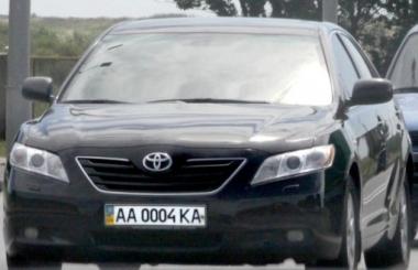 ГАИ Украины предлагает продавать «крутые» автономера дважды